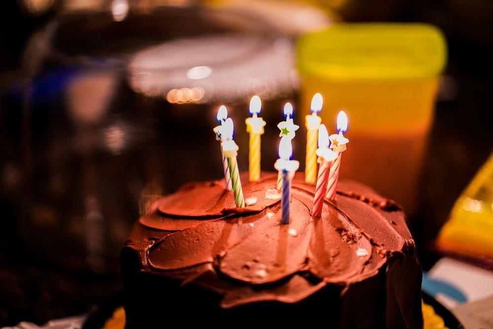 Birthday photography of cake